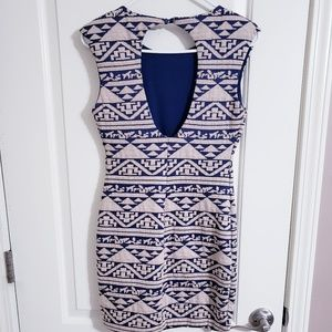 Bodycon Aztec printed dress